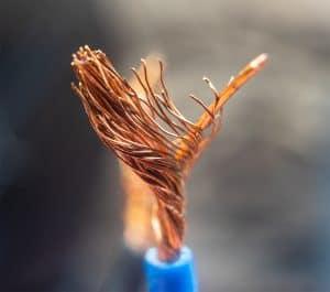 Miedziany kabel głośnikowy